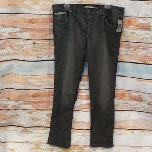 NWT NEVER WORN Hot Topic 15 Black Skinny Jeans!